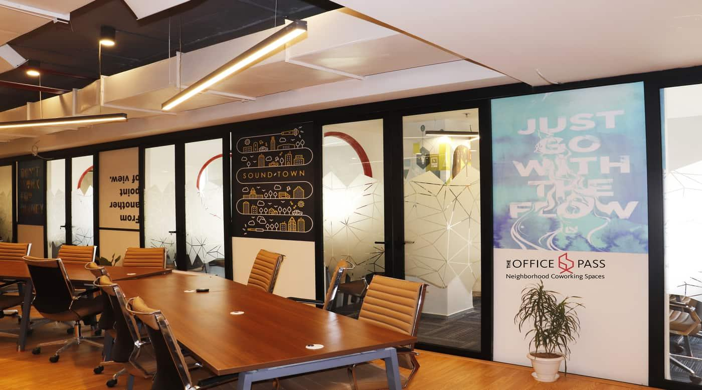 Member sitting area @ Coworking Office, Vipul Trade Centre, Sohna Road - The Office Pass (TOP)