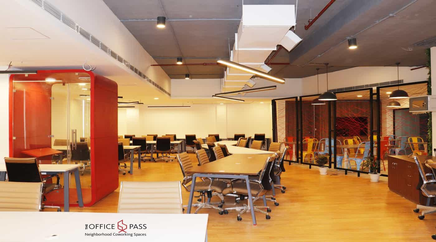 member seating area @ Coworking Office, Vipul Trade Centre, Sohna Road - The Office Pass (TOP)